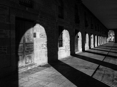 Sombra_proyectada_de_los_Arquillos